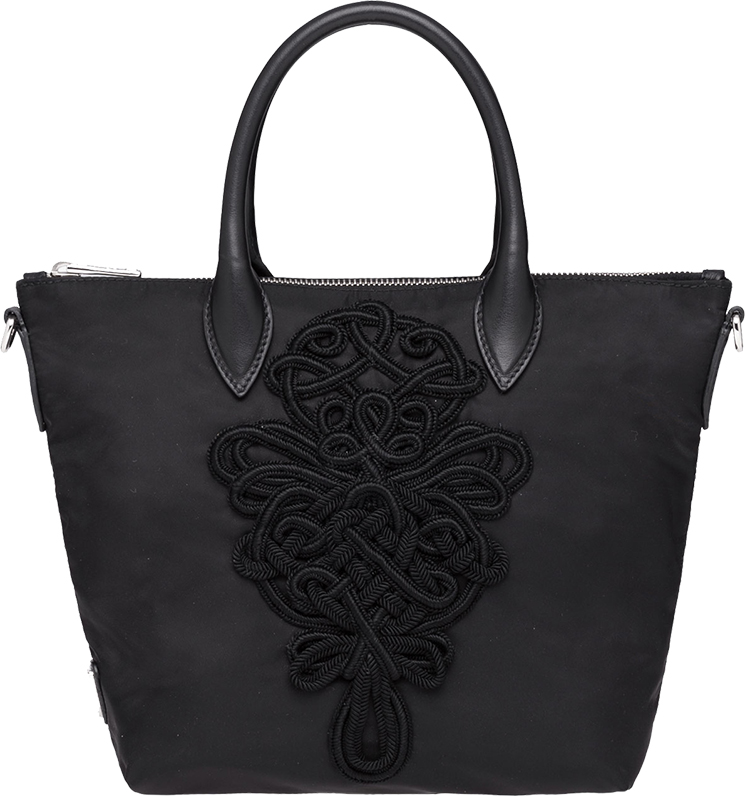 prada-embroideries-bag-6
